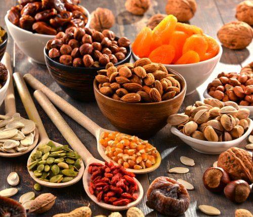 Olio doliva frutta secca e semi